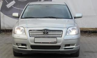 Toyota Avensis, Седан 2005